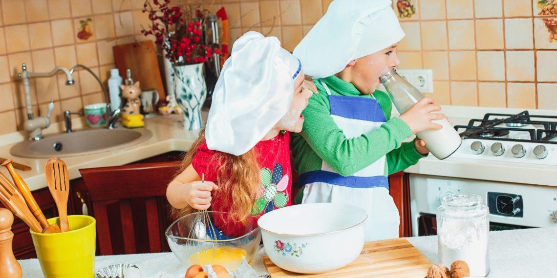 Una buena alimentación infantil debe comenzar desde casa. Foto: Freepik