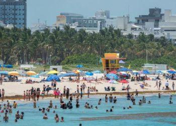 Miami cierra las playas