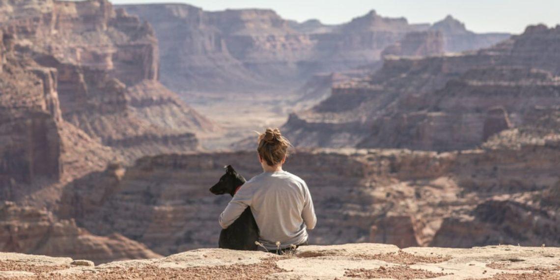 La emotiva despedida de una 'influencer' a su perro con cáncer terminal