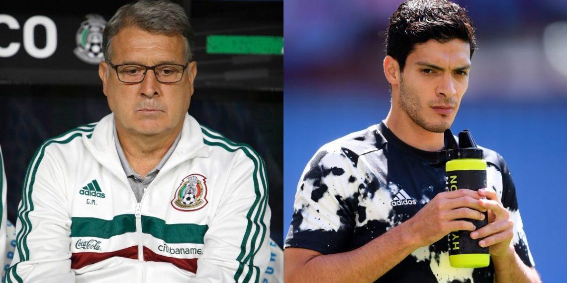 Futuro de Raúl Jiménez: El Tata Martino le aconseja irse al Man U