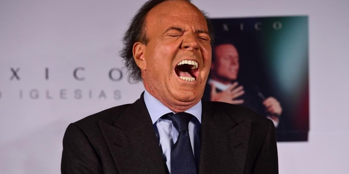 Julio Iglesias alarma a sus seguidores por su estado de salud