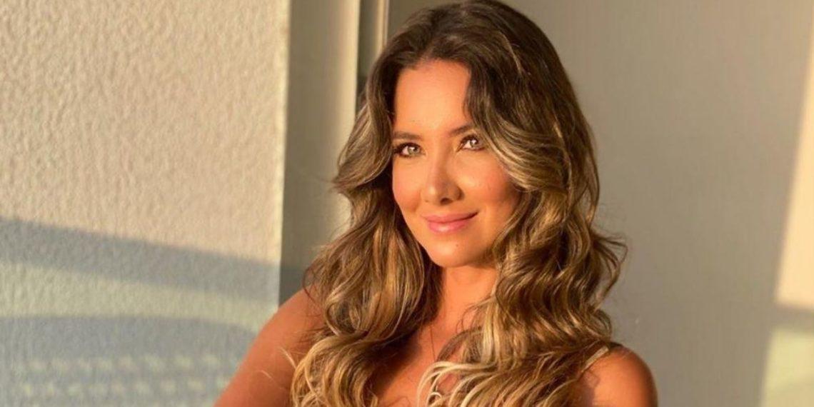 Daniella Álvarez visita