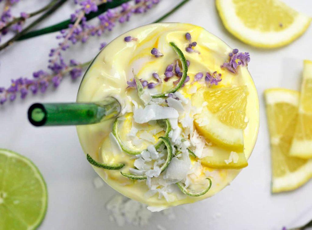 Batido de lavanda y limón