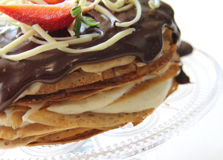 Crepes o crepas con pasta de chocolate