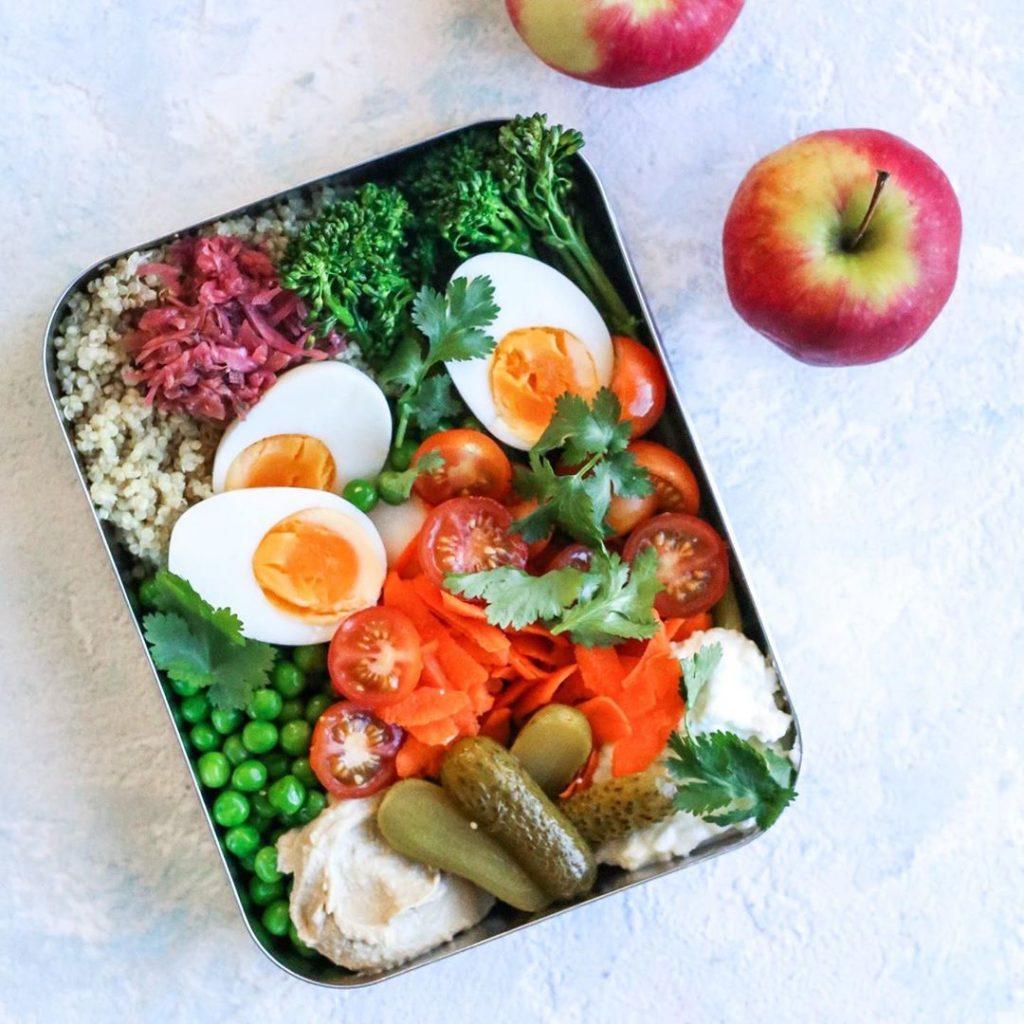 Con huevo, tomate y brócoli