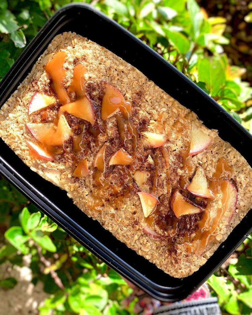 Torta de manzana con avena
