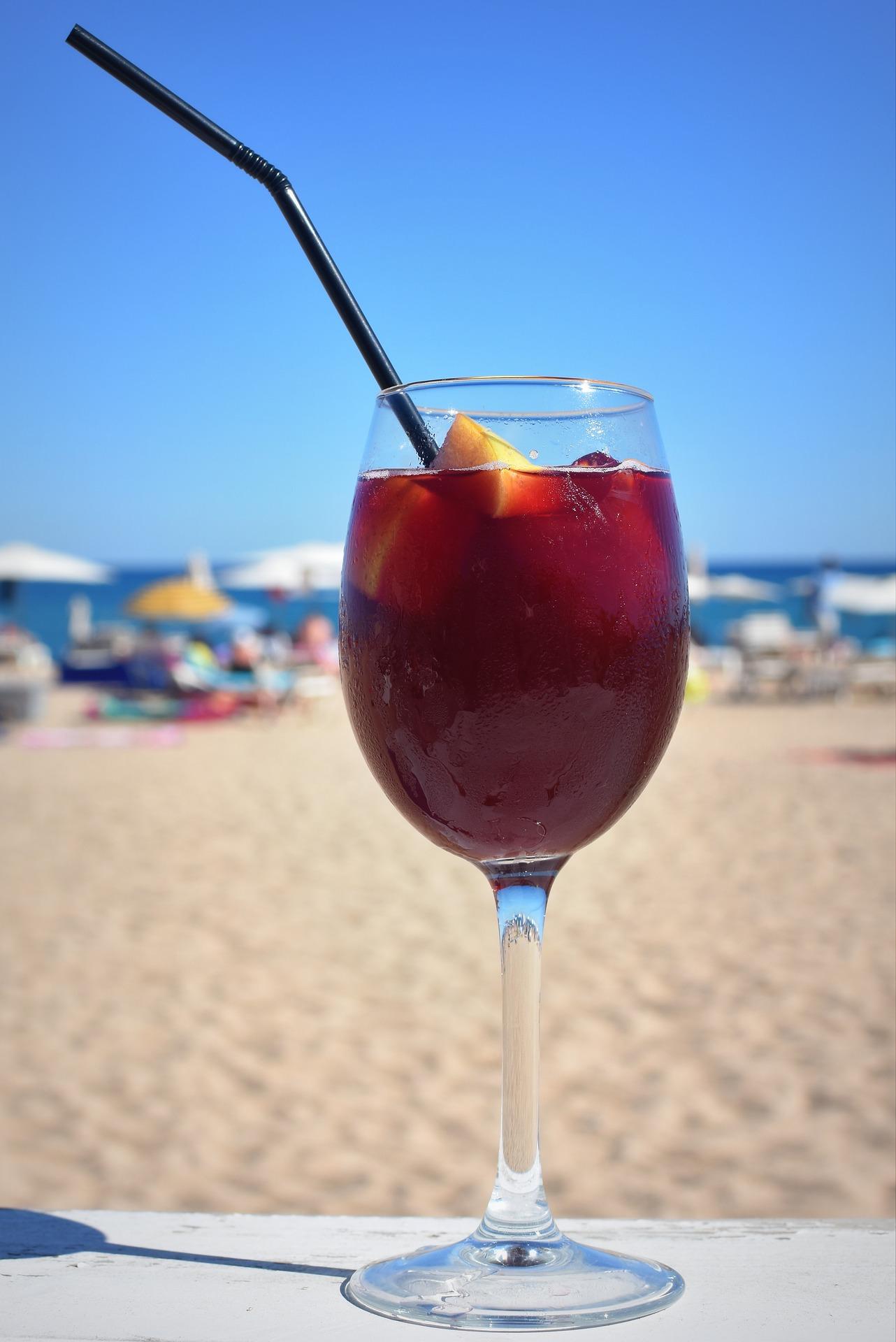 Bebida con vino tinto