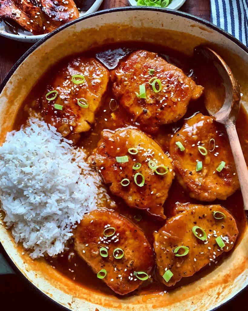 Chuletas de cerdo en salsa picante