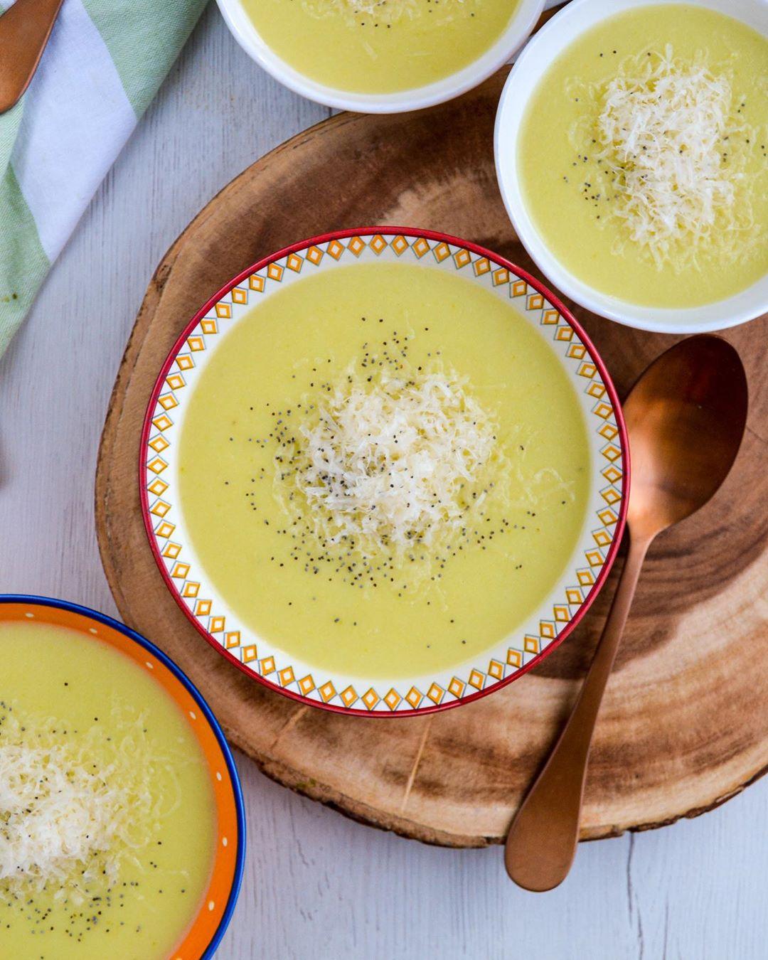 Sopas de verduras con calabacín