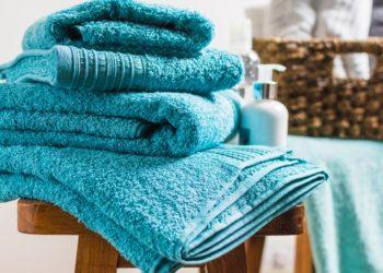 Cómo quitar el olor a humedad de las toallas