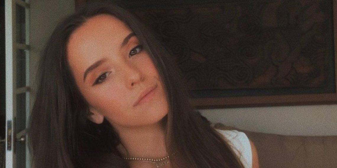 look Evaluna