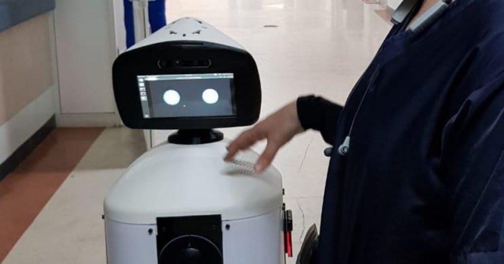 robot mexicano que lucha contra el COVID-19