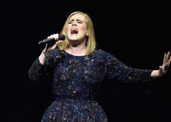 Adele presume su figura
