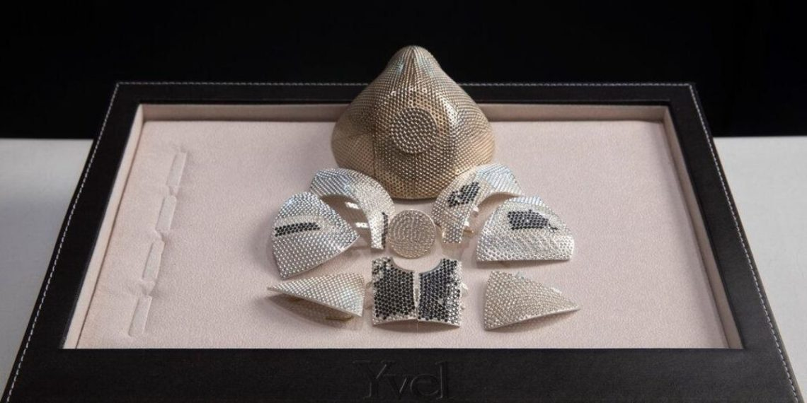 Mascarilla coronavirus diamantes