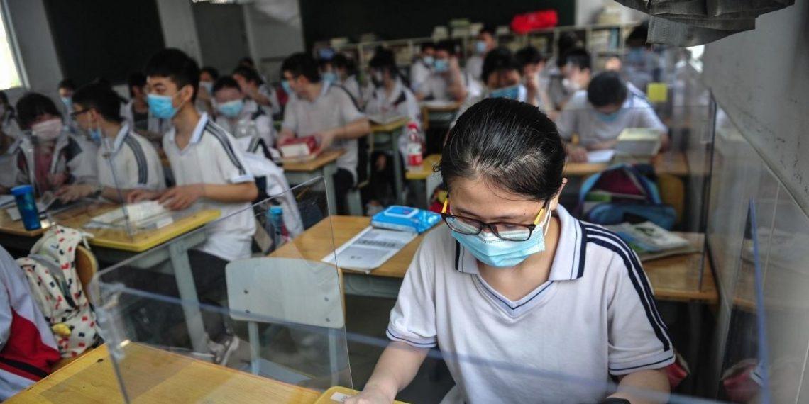 Colegios y guarderías en Wuhan