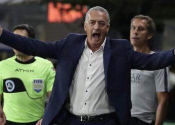 El argentino Gustavo Alfaro entrenará a la selección de Ecuador