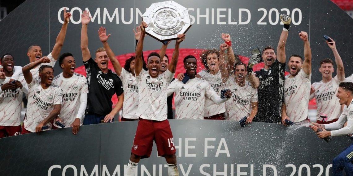 Arsenal gana el Community Shield, el primer título de la temporada inglesa