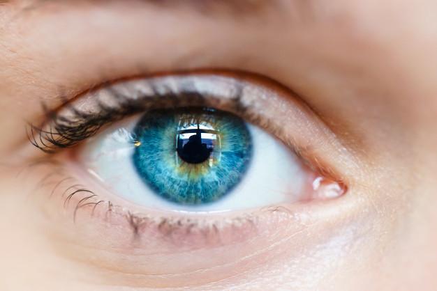Síntomas de ojo seco