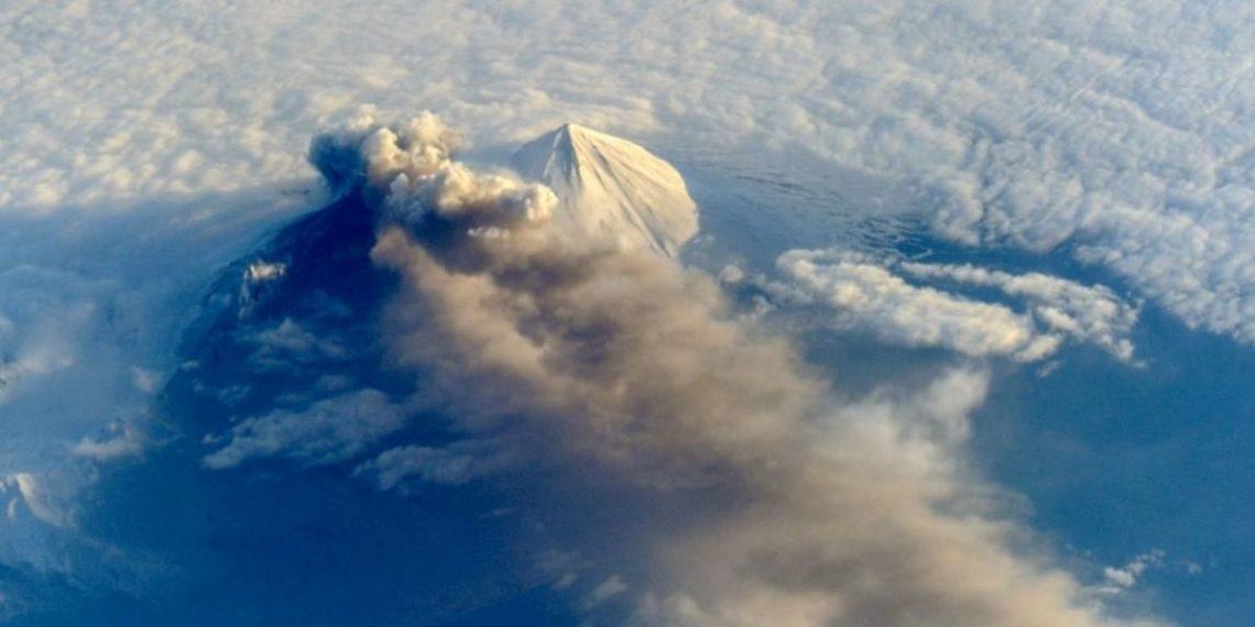 Las cenizas de los volcanes puede tener un mayor impacto en el clima del planeta. Foto: NASA