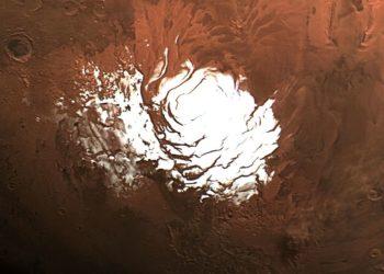 Lagos de agua salada en el polo sur de Marte