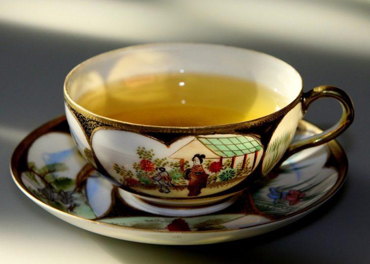 Té verde, miel y cayena