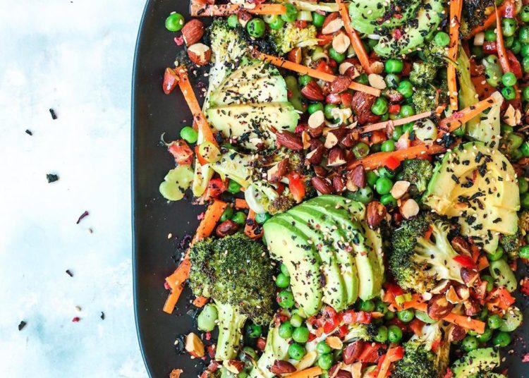 Aguacate y brócoli al vapor