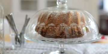 Fácil torta dulce de avena y manzana