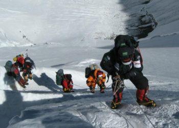 Escalar Everest