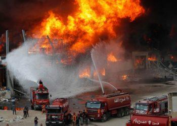 Incendio puerto de Beirut