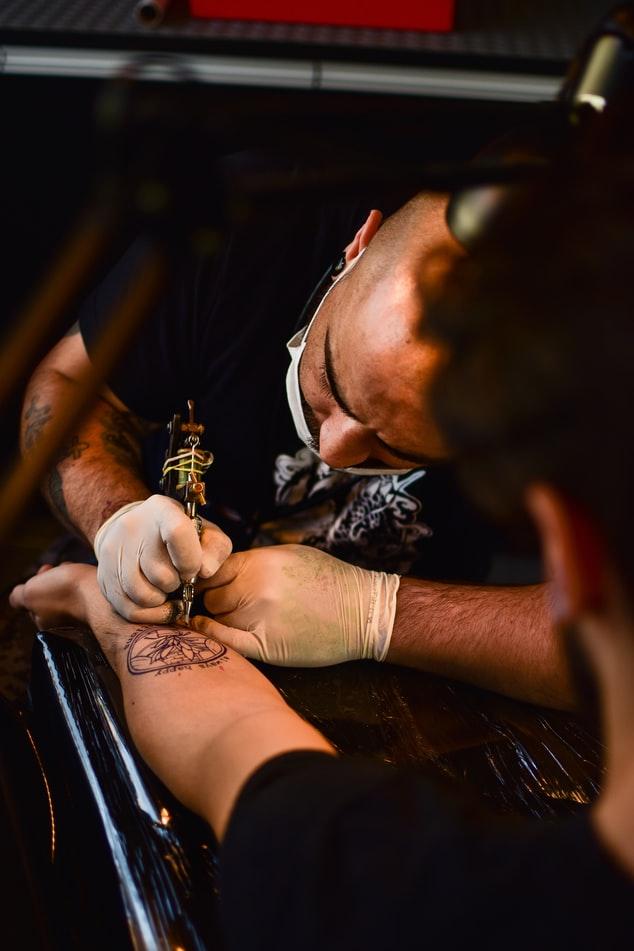 Tatuajes gratis de COVID-19