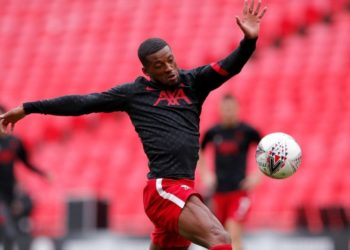 Wijnaldum en Liverpool: Klopp lo convenció y el jugador no va a Barcelona