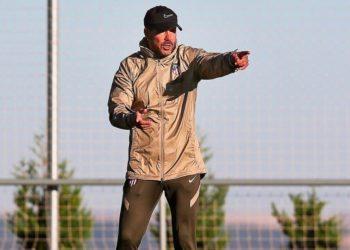 Atlético de Madrid: Diego Simeone arroja positivo en test de coronavirus