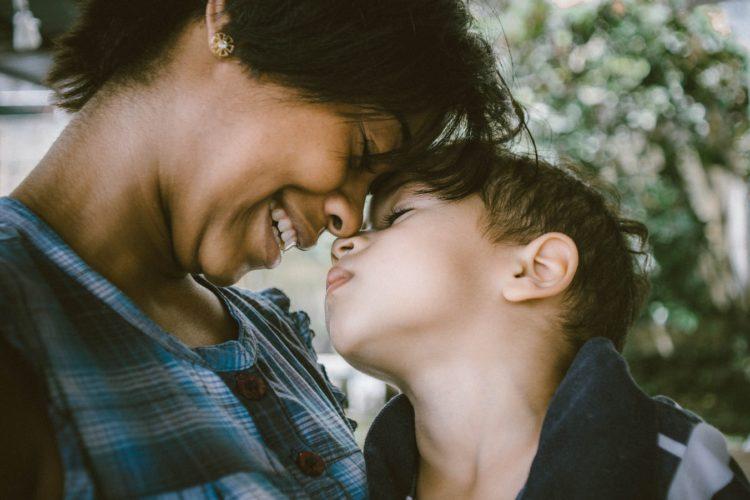 consecuencias de la falta de afecto en los hijos