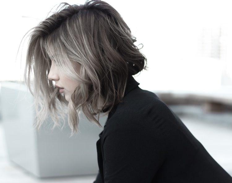 tonos platinados para el cabello