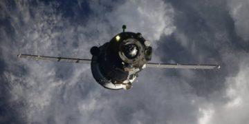 Astronautas imponen un récord de tiempo para llegar a la estación espacial