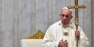 Papa Francisco pide aprobar matrimonio para los homosexuales