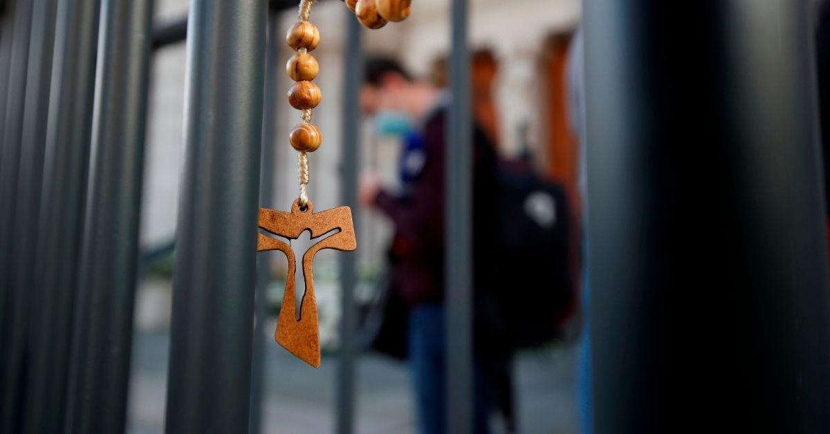 Ataque a sacerdote ortodoxo