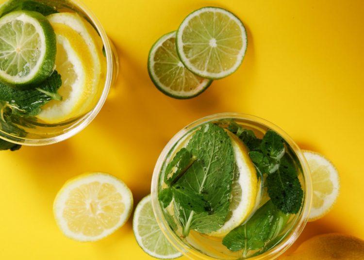 Limón y menta