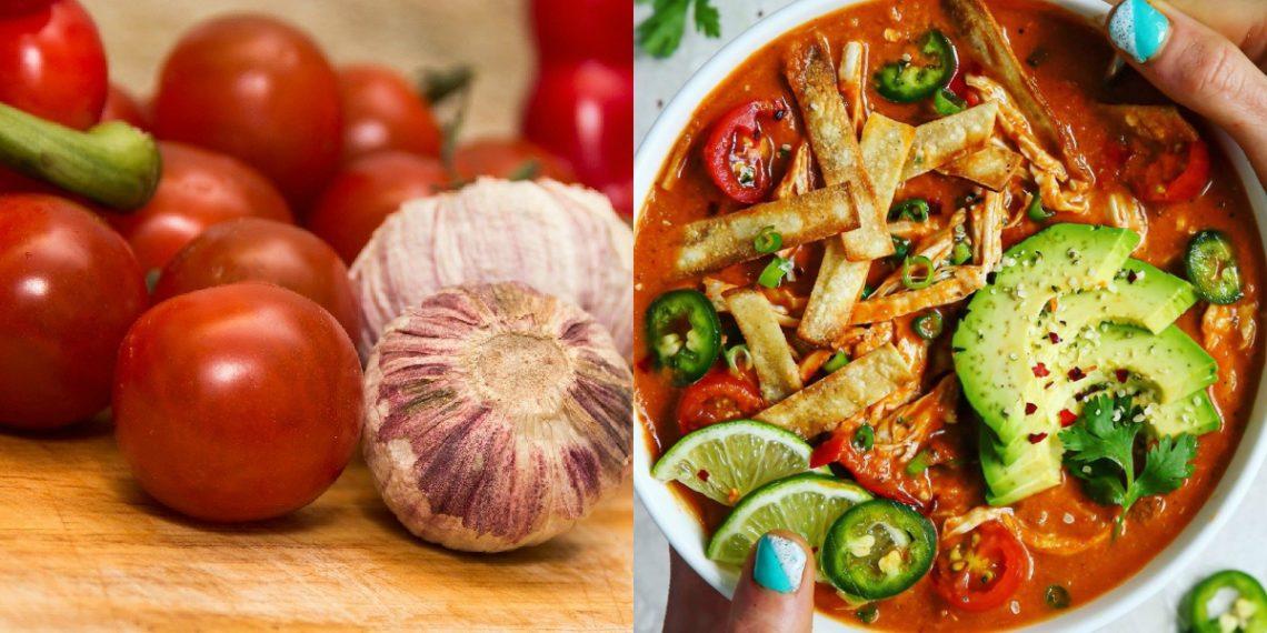 Sopa de tomate de enchiladas a la mexicana