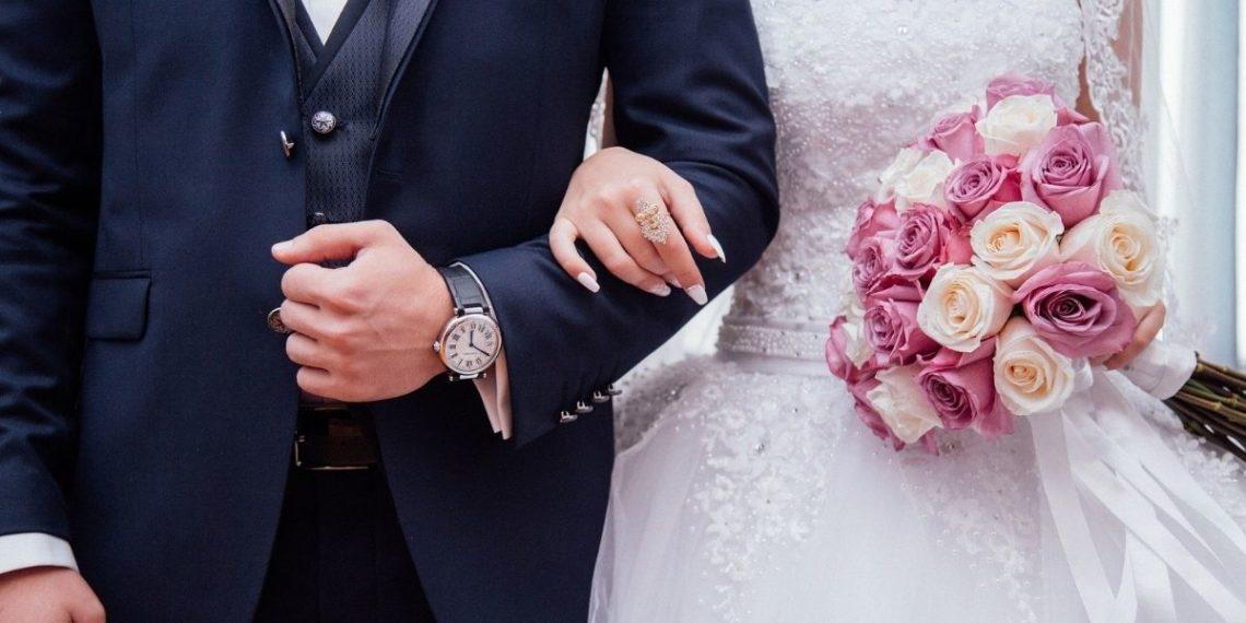 Mujer interrumpió matrimonio