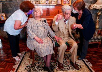 Fallece el marido de la pareja de casados más longeva del mundo