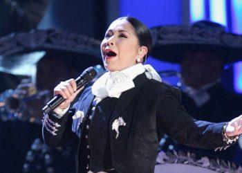 Rumores sobre romance entre Ana Gabriel y Verónica Castro