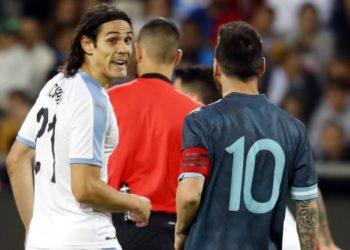 Edinson Cavani habla sobre la pelea que tuvo con Lionel Messi