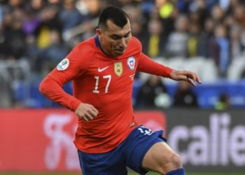 Gary Medel dispara contra Conmebol tras derrota de Chile ante Uruguay