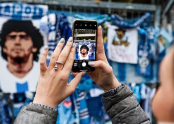 Futbolista española se negó al minuto de silencio por Maradona