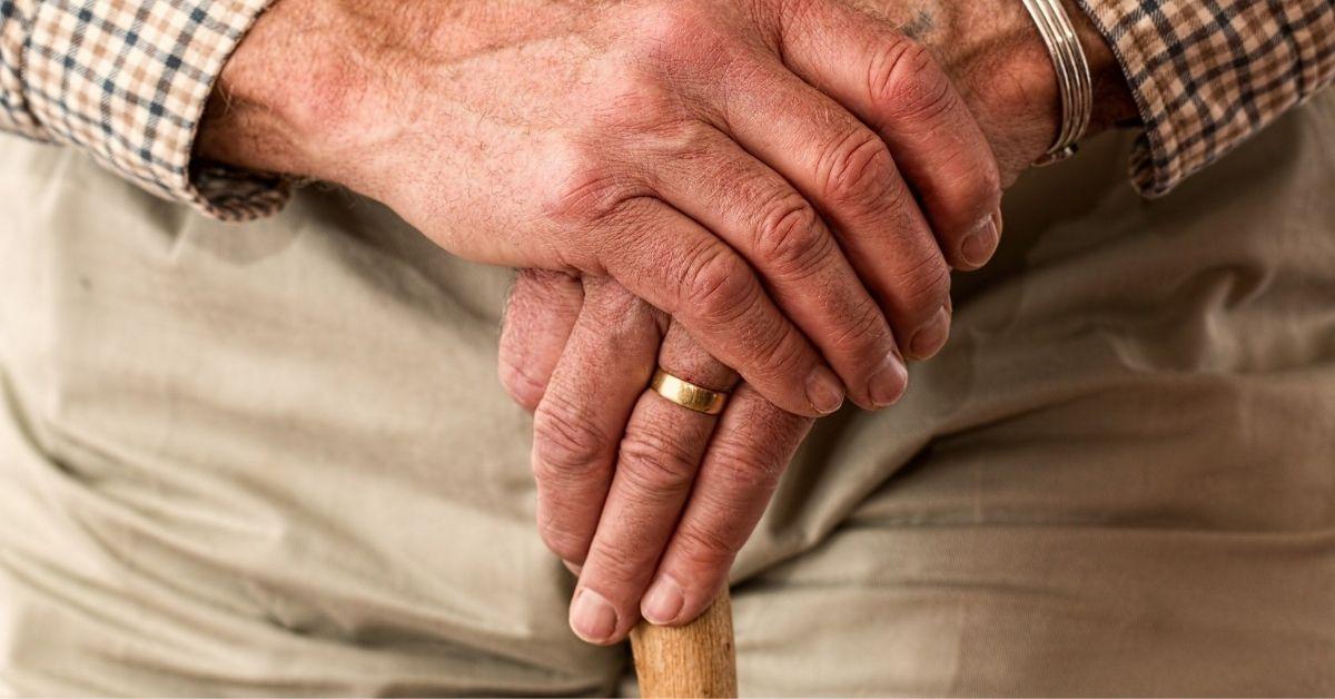 Abuelo serenata