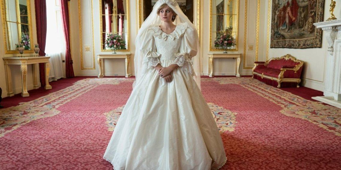 Ministro Pide que aclaren que The Crown es ficción