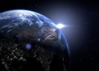 La Tierra estaría más cerca de un agujero negro