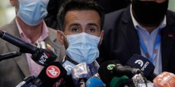 Médico de Maradona investigado por negligencia en la muerte del ídolo