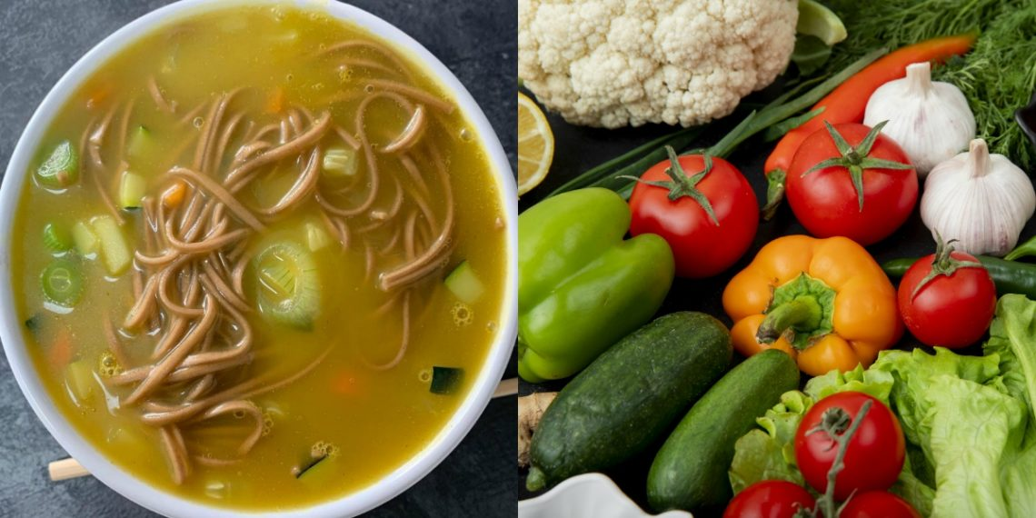 Caldo o sopa de verduras y fideos
